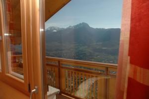 """Eichmannhof - Zimmer """"Golden"""": Balkon mit herrlichem Panoramablick"""