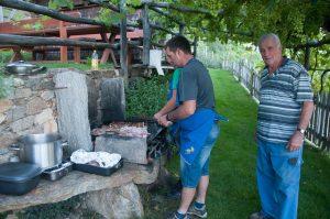 Grillabend: alle 3 Generationen der Familie Matzoll